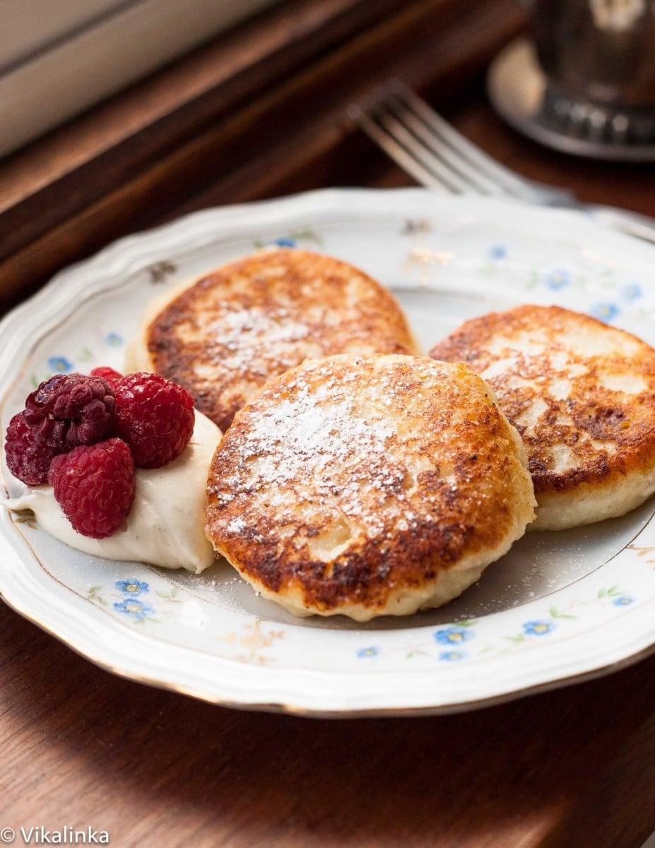 Russian curd cheese pancakes Syrniki