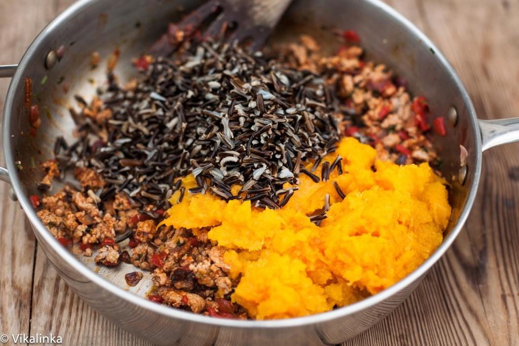 Chipotle Turkey and Wild Rice Stuffed Squash (prep)