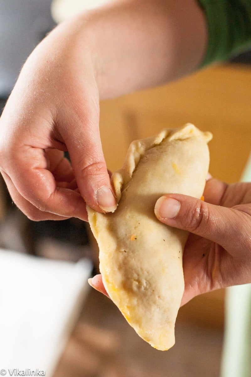 sealing a Cornish pasty