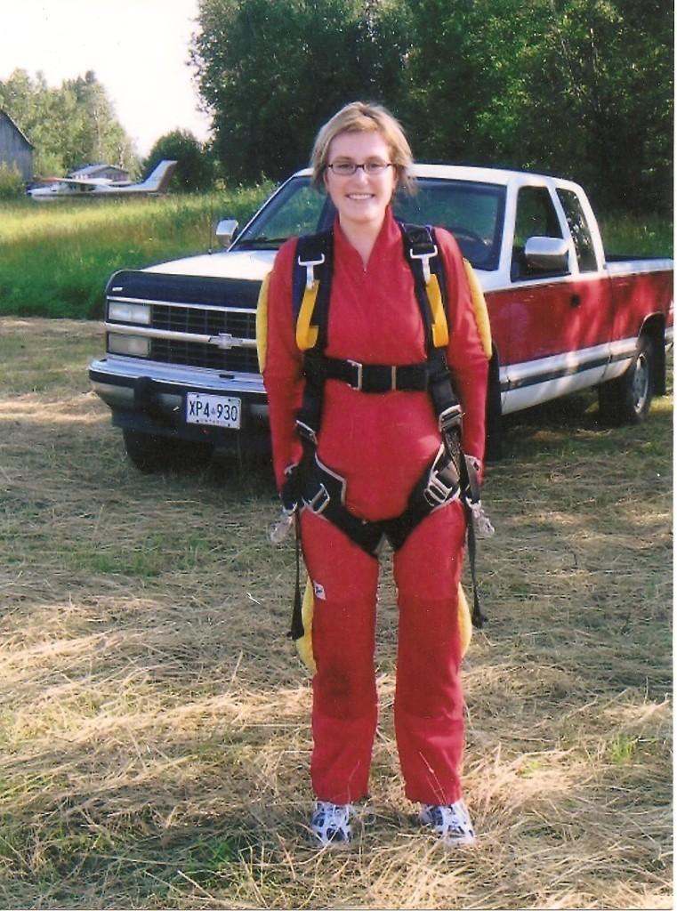 Skydiving Lydia