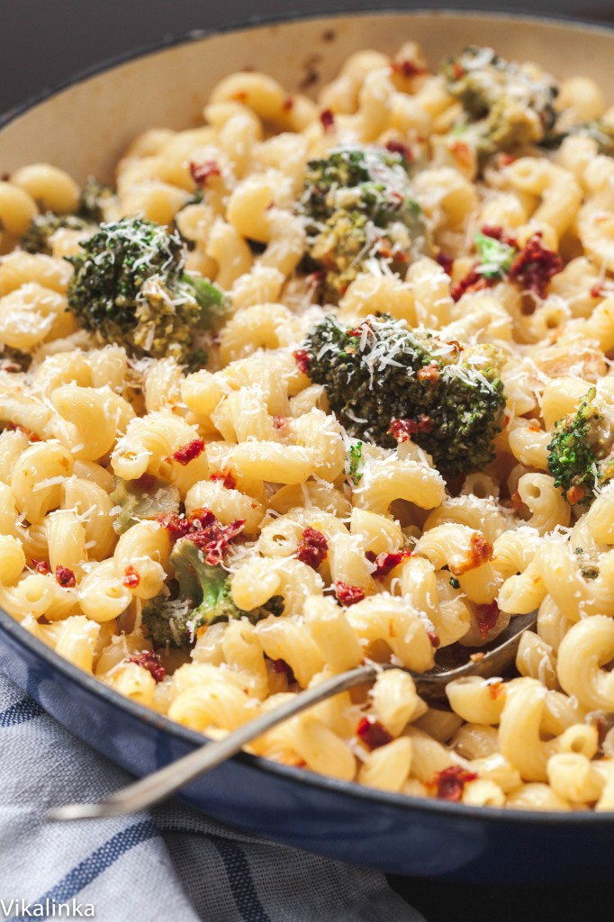 Broccoli and sun-dried tomato pasta.
