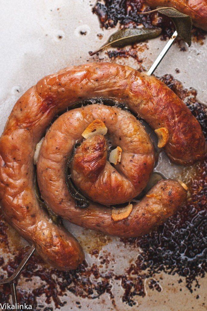 Catherine wheel sausage with garlic and sage