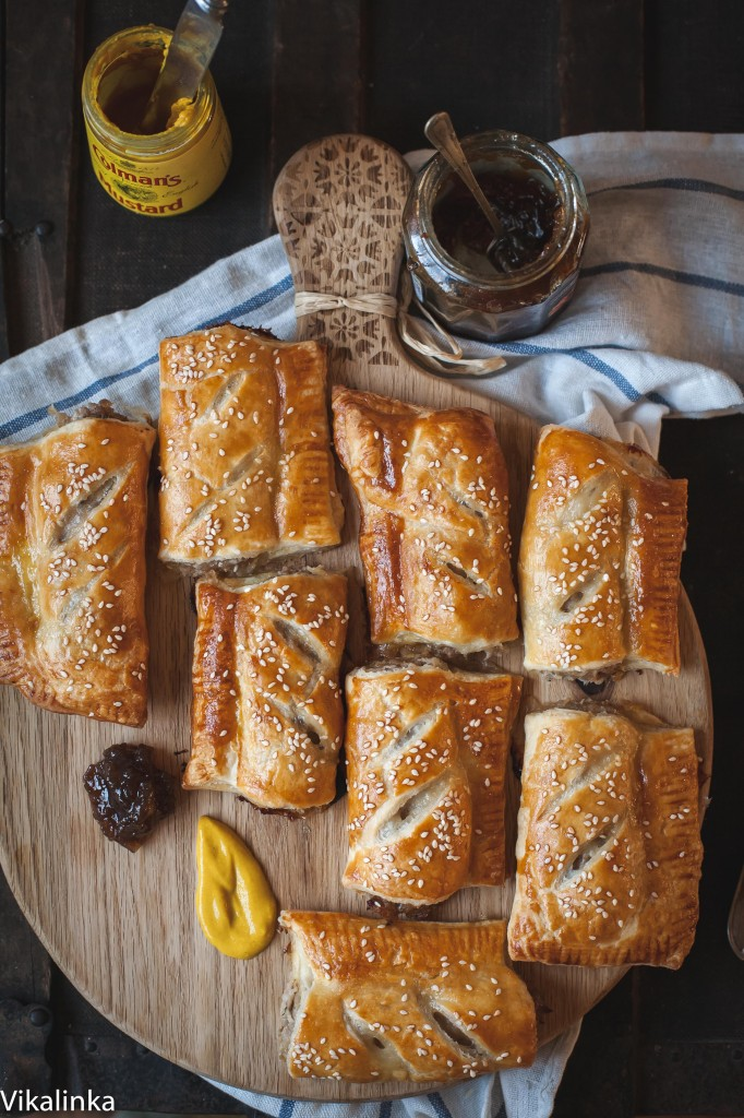 Caramelised onion sausage rolls. Just two ingredients and a few minutes of your time!