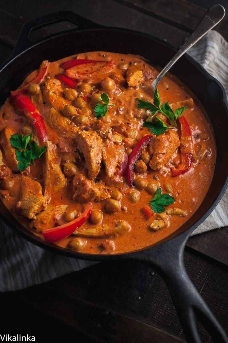 Easy Chicken And Chickpea Paprikash Vikalinka