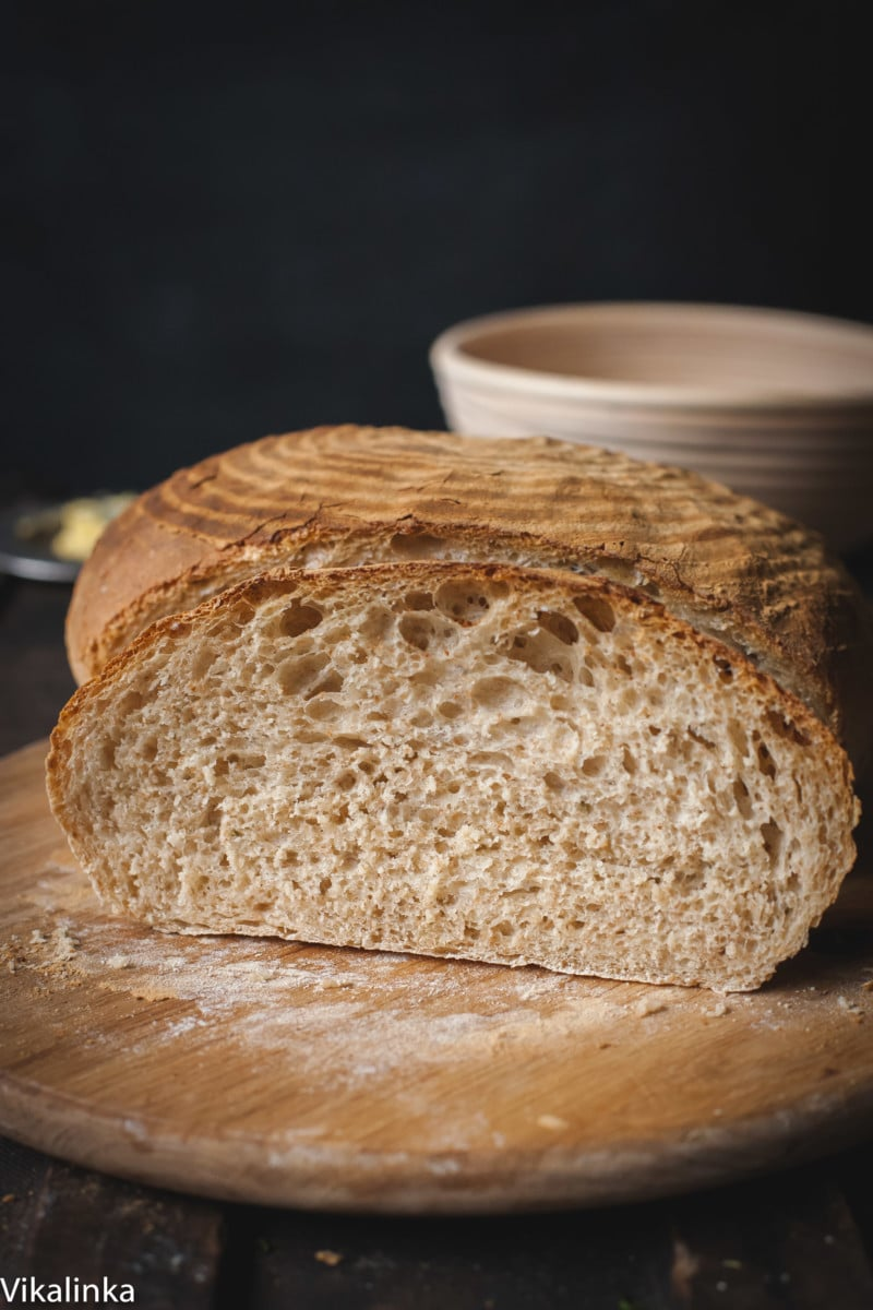 Rosemary Spelt Bread, sliced