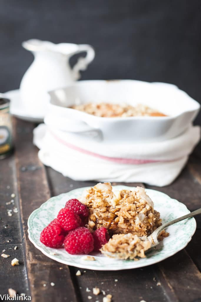 Spiced Pear Baked Oats