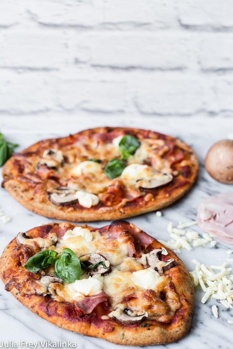 15 Minute Ham, Mushroom and Mascarpone Naan Bread Pizza