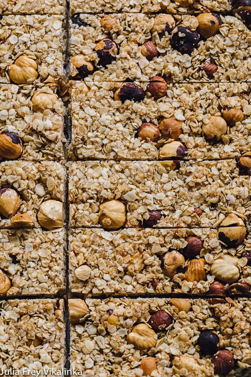 Manuka Honey and Oats Granola Bars