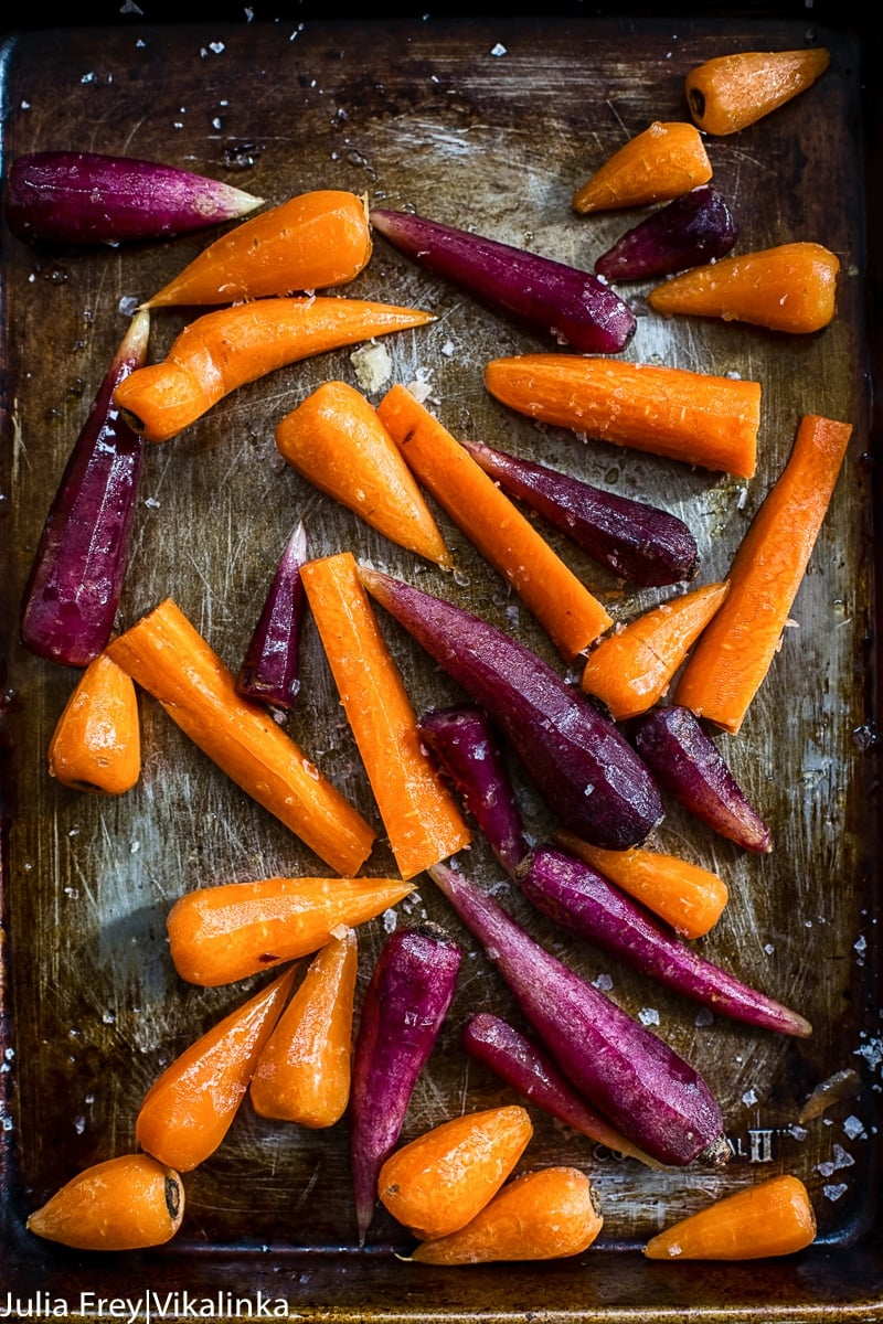 Roasted Carrots with Garlicky Lemon Tahini Sauce