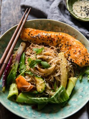 Chilli Lime Salmon Mee Goreng (Fried Noodles)