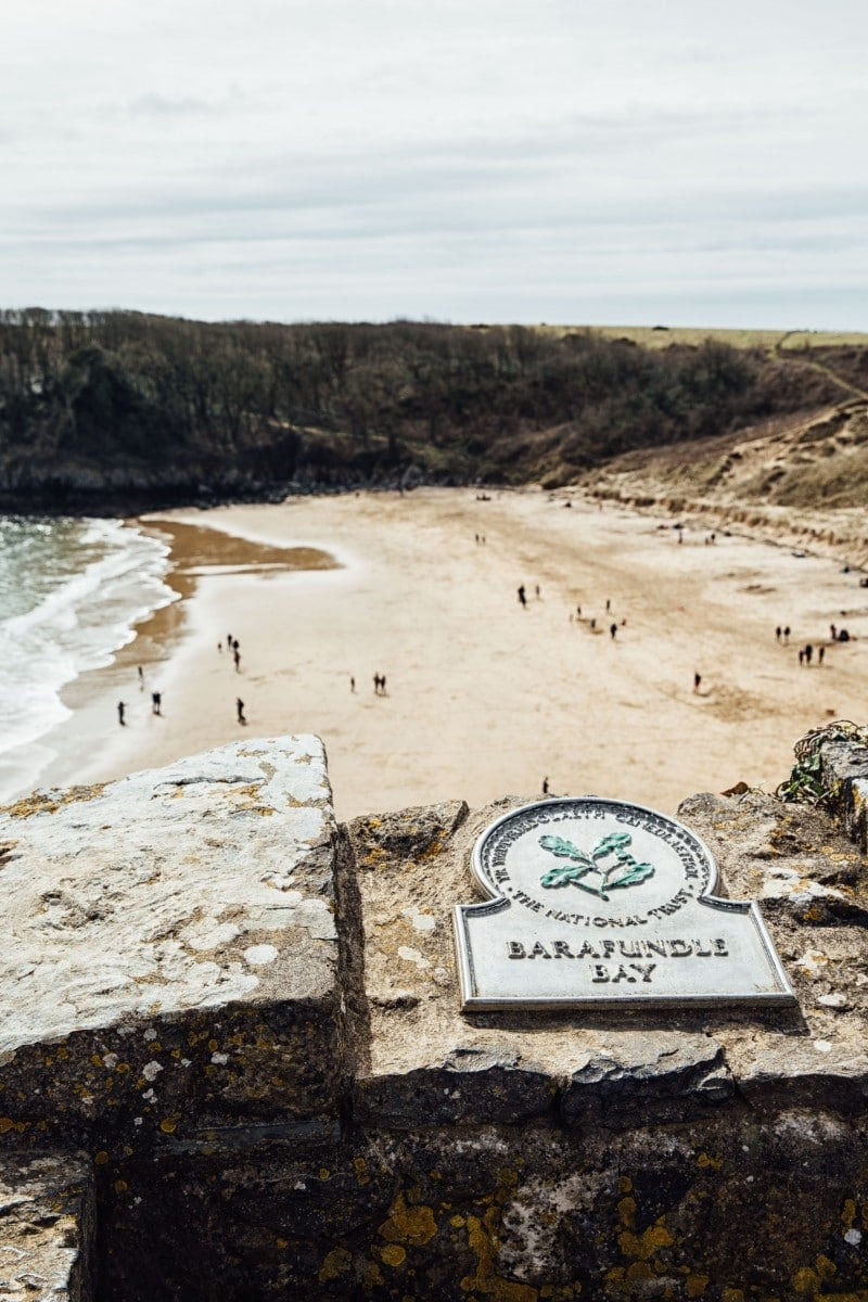 View of Barafundle Bay with sign