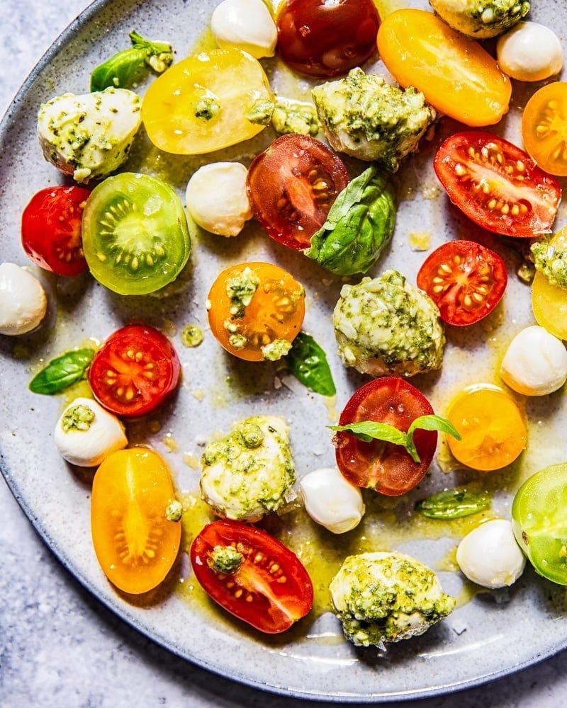 Basil Pesto Caprese Salad #capresesalad