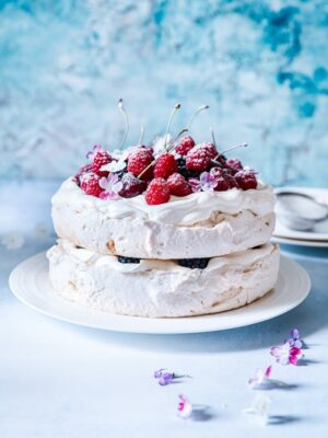 Double Stacked Berry Pavlova #pavlova #meringue