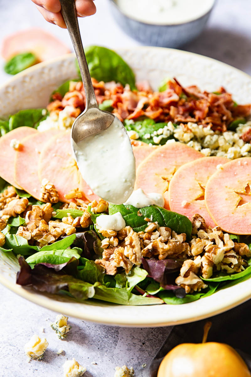Apple Salad with Bacon, Walnuts and Blue Cheese