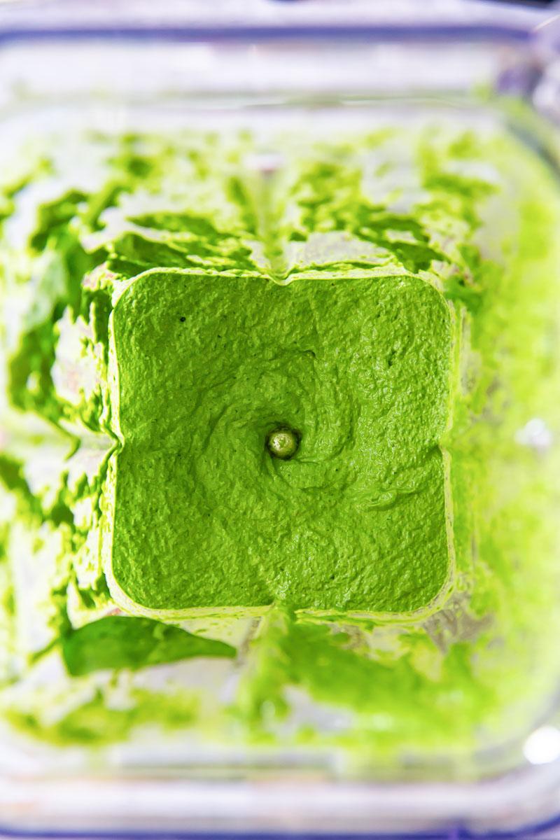 spinach pesto in blender