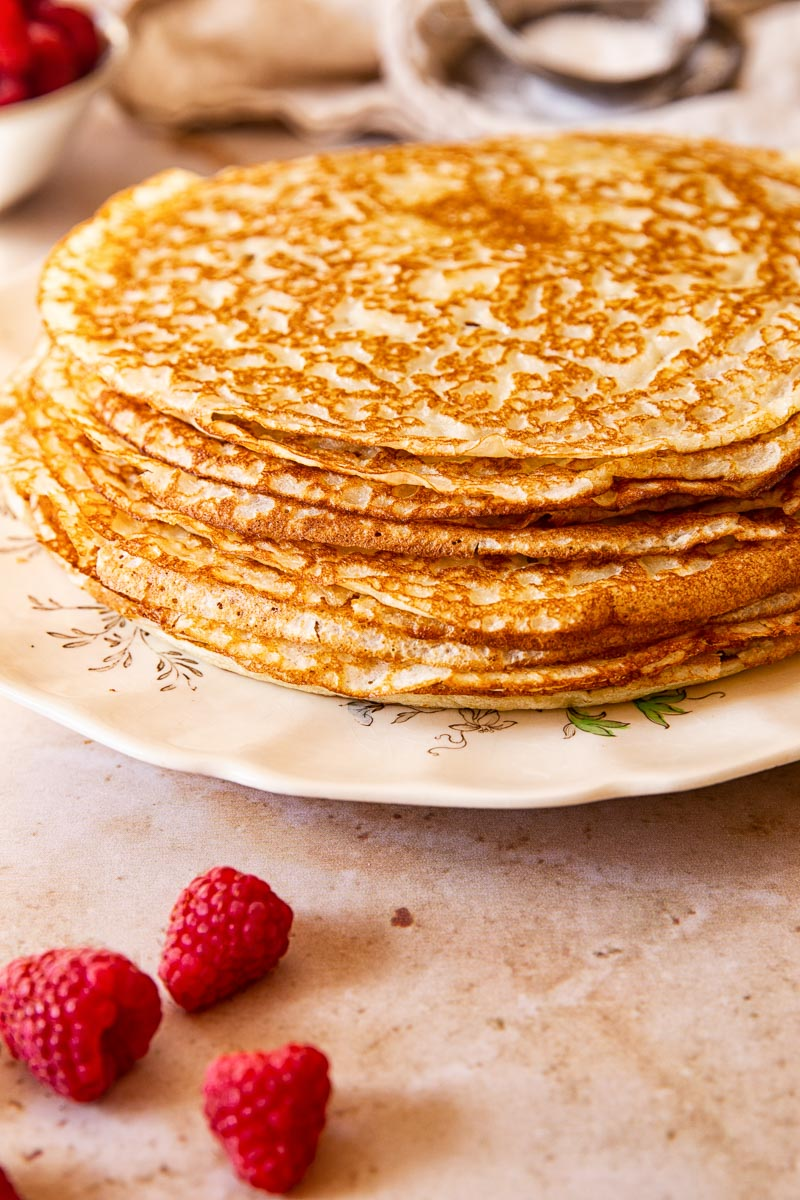 A stack of blini