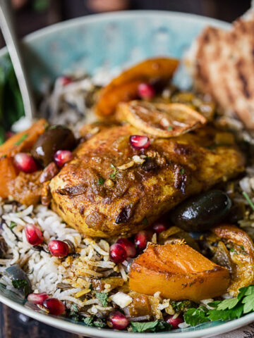 moroccan chicken on top of rice