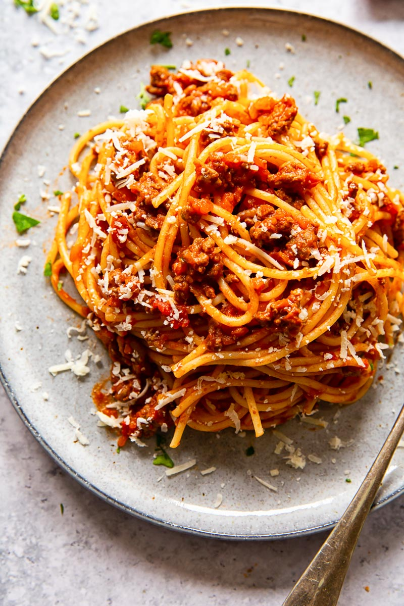 spaghetti with tomato meat sauce