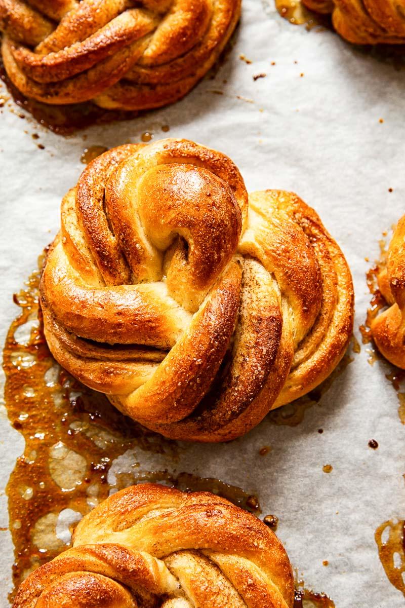 Cinnamon rolls on baking sheet