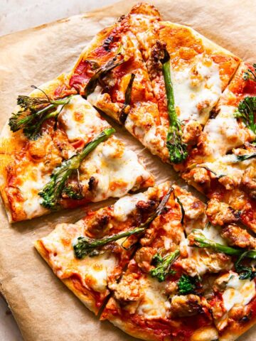 spicy sausage and broccoli pizza