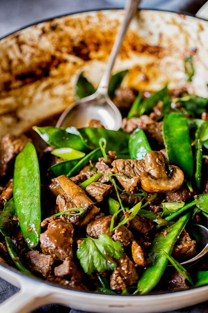 beef stir fry with snow peas